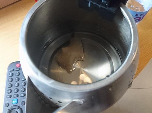湯沸かしポットに